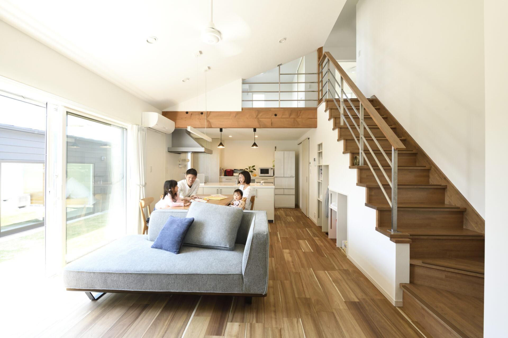 つながる…1階から2階へ